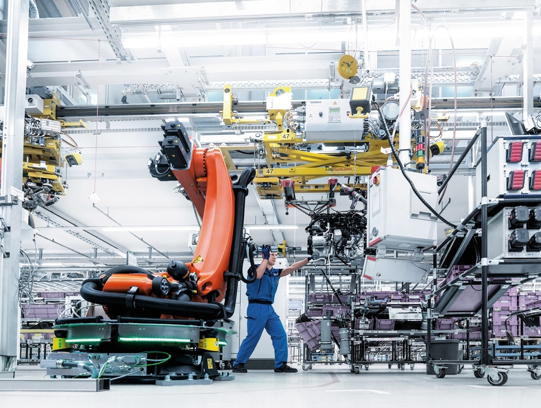 Automated Production at KUKA AG. © KUKA AG